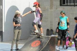Buenos Aires 12 de marzo 2016 Escuela de Skate en floresta El Club Atletico All Boys foto Rolando Andrade Stracuzzi Ley 11723 buenos aires informe sobre las Escuelas de Skate lugares en donde se aprende y practica skate Club Atletico All Boys de floresta