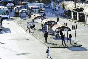 """Los refugios """"azules"""" de chapa, destruídos, nunca se cambiaron desde la década del 50 hasta 2013"""