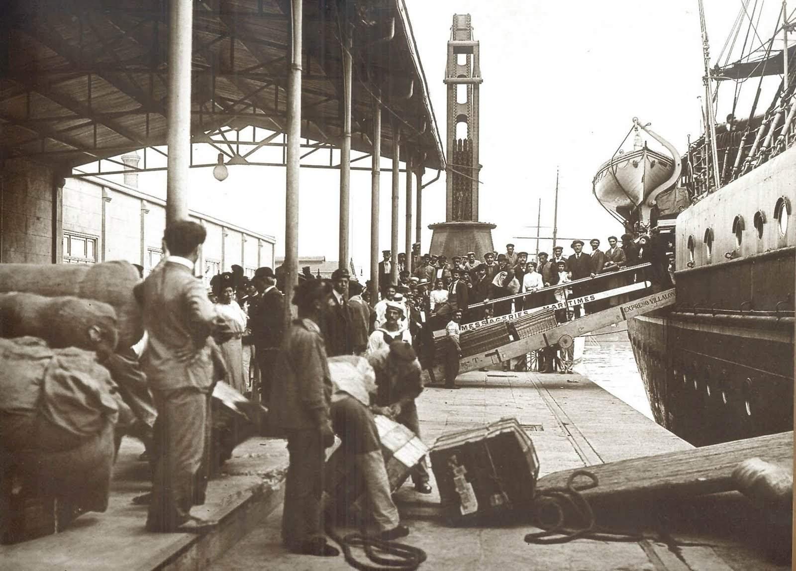 Inmigrantes arriban al Puerto de Buenos Aires