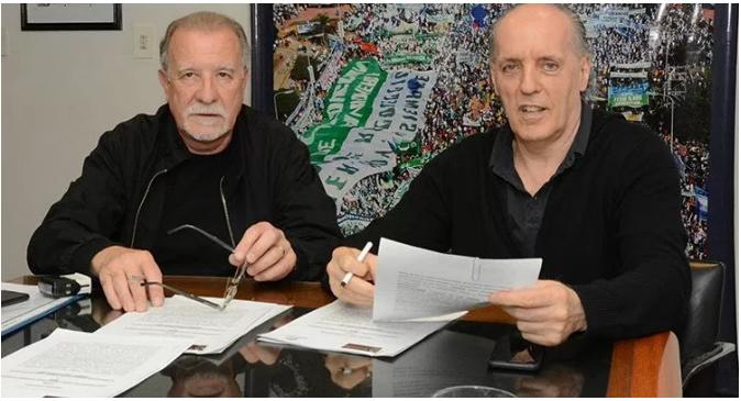 Canillitas y Defensoría acordaron distribuir una guía de derechos