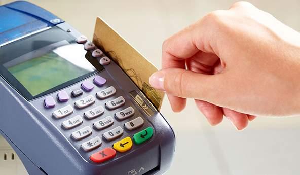 La Defensoría y los usuarios de tarjetas de crédito